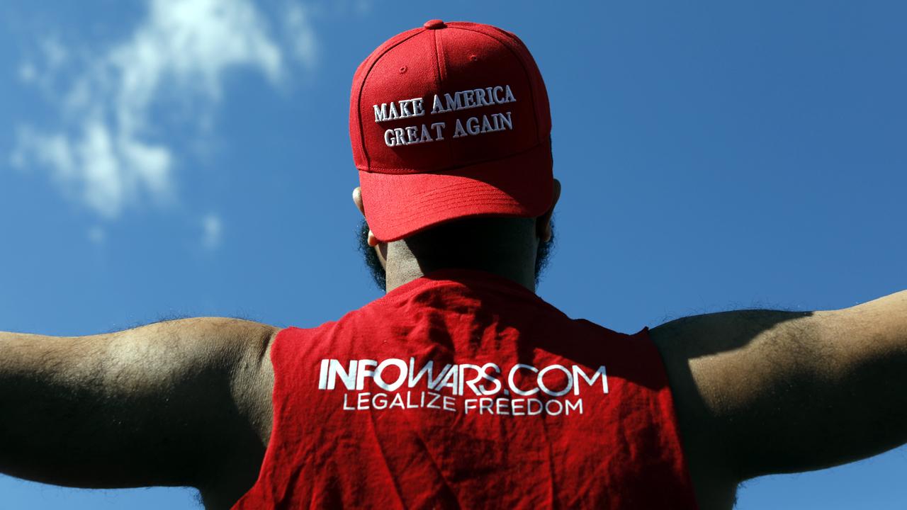 March4Trump Make America Great Again hat-159532.jpg51621527