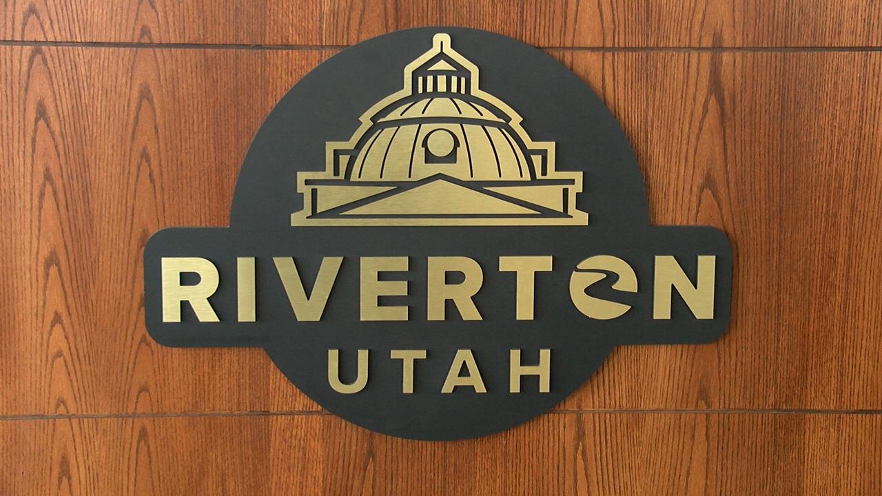 Riverton City sign