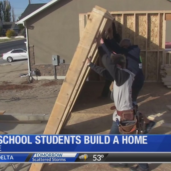 High school students build a home in Syracuse