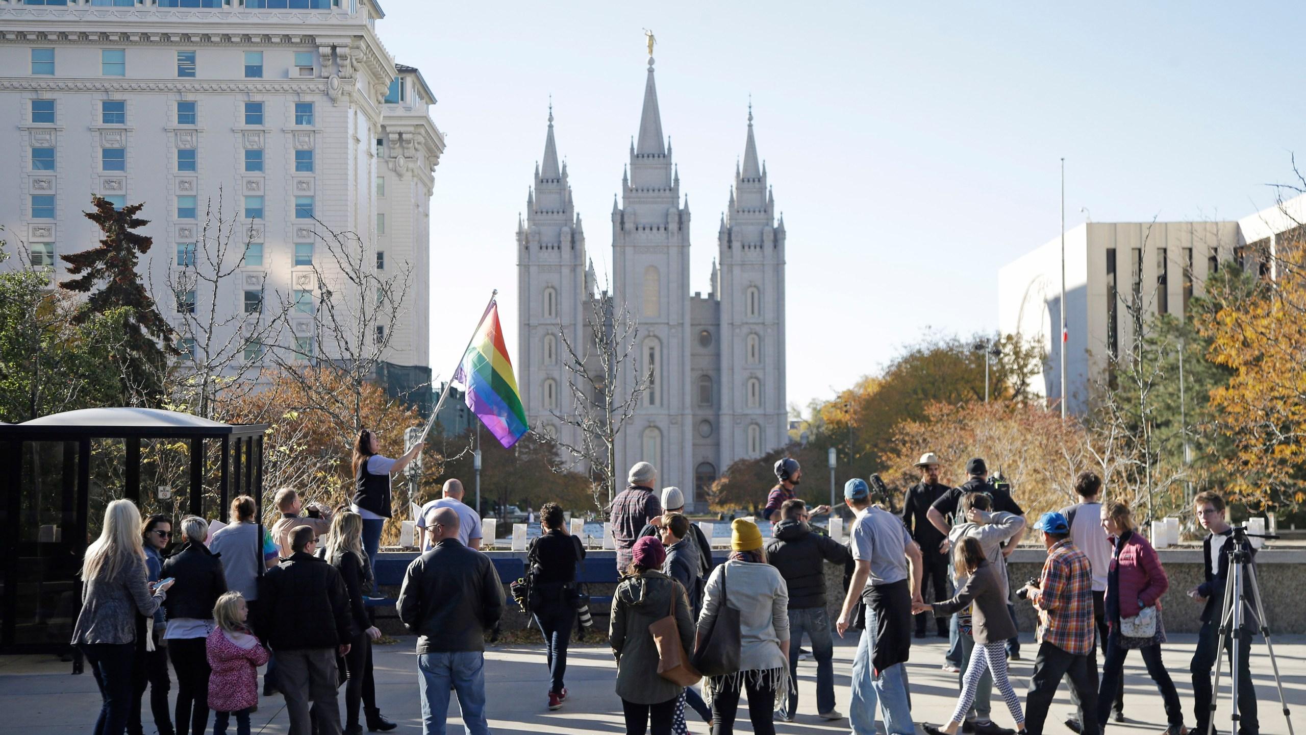 Mormons_LGBTQ_05504-159532.jpg74949202