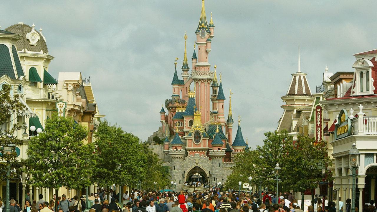 OTD April 12 - Euro Disneyland63331128-159532