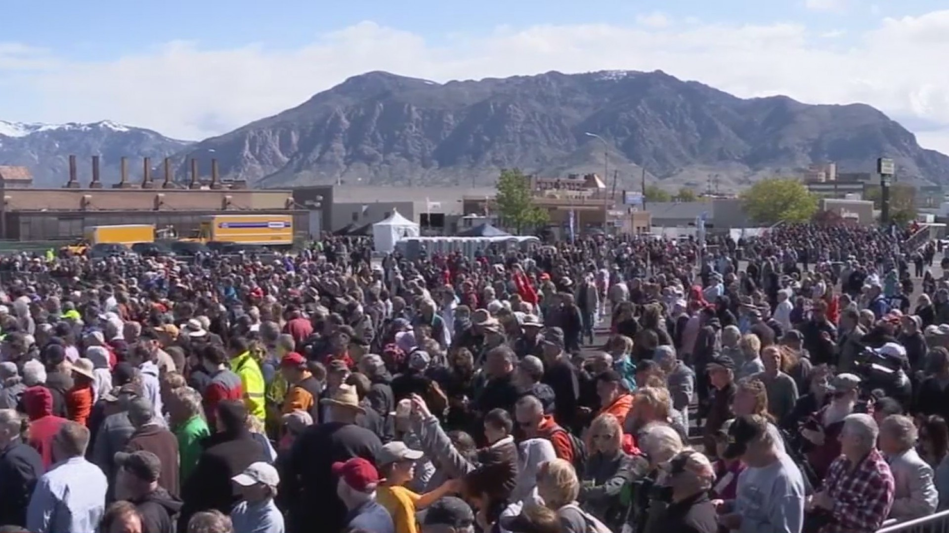 Thousands gather on eve of 150 year railroad anniversary