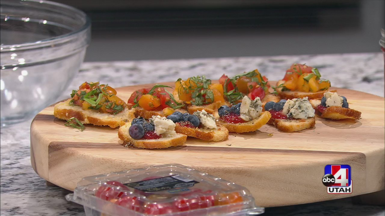 Toast two ways! Honey and berry crostini and bruschetta