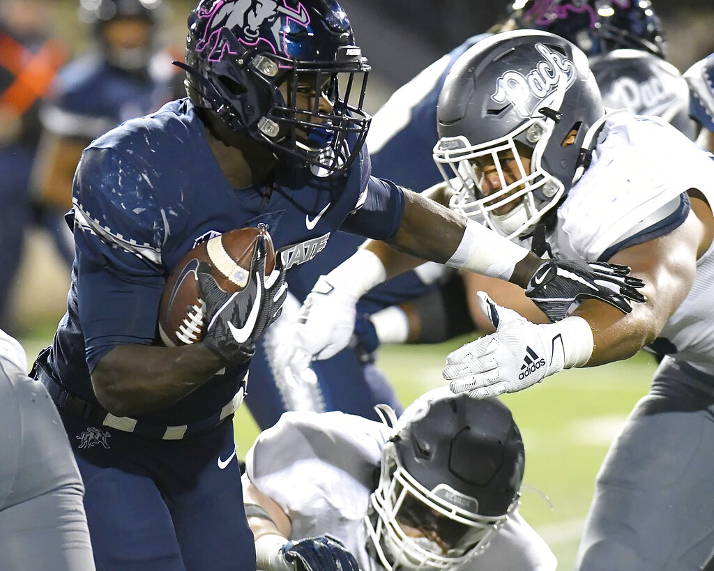 Gerold Bright Rushes For 126 Yards And 2 Touchdowns