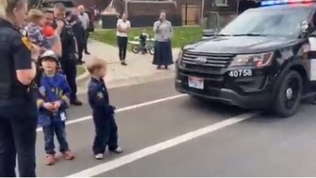 VIDEO: Police in Salt Lake City show up to little boy's birthday party