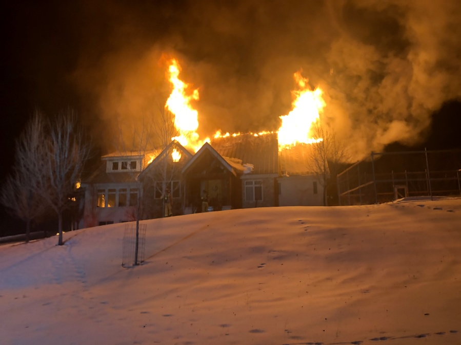 Million Dollar Home Burns Firefighters Trapped Witnesses Recount