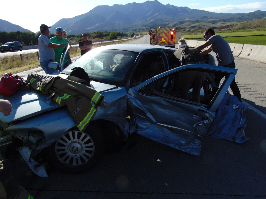 Witnesses, emergency vehicles and Utah Highway Patrol at the scene of a deadly crash on I-84 in Morgan County, Friday, July 17, 2020. (Photograph: Utah Highway Patrol/Utah Department of Public Safety)